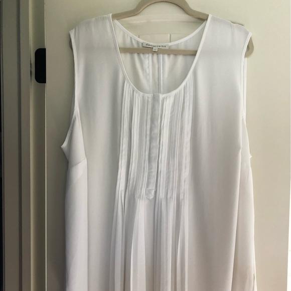 b68b19ec Daniel Rainn Tops - Daniel rainn Sleeveless blouse plus size